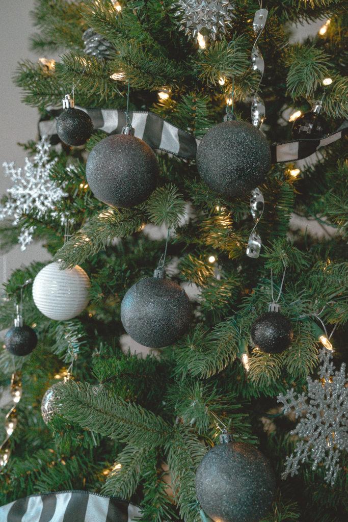 How To Make Diy Black Glitter Christmas Ornaments